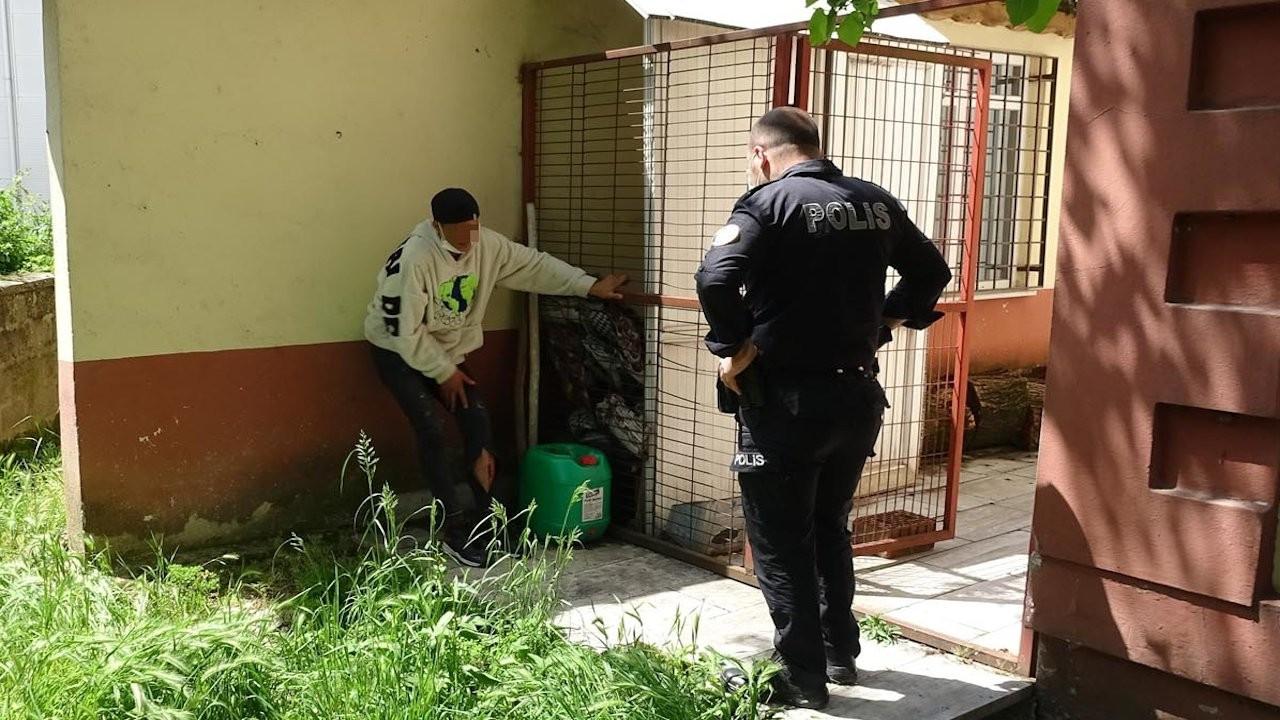 Kaçarken bacağını kırdı, polis üstüne ceza yazdı