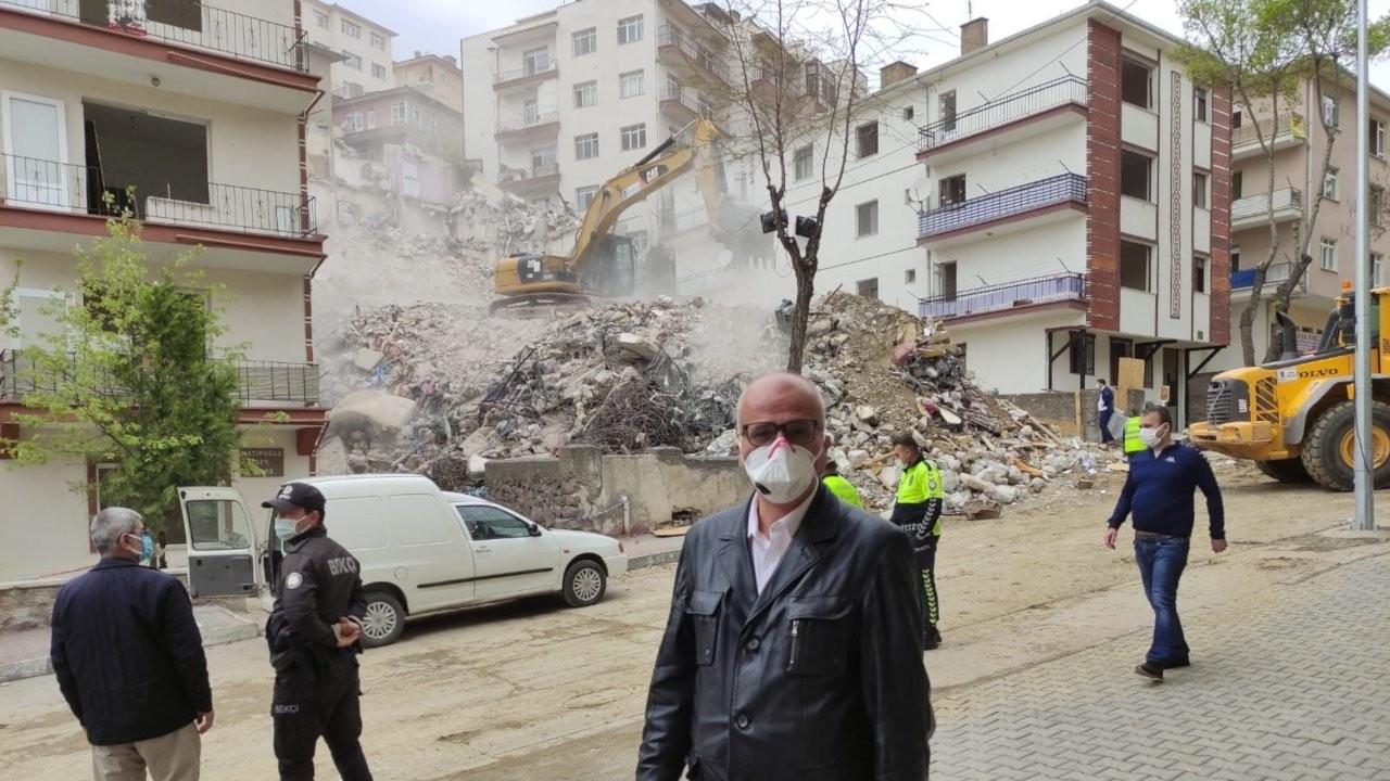 'Bakanlıklar ve belediyeler asbest solumanızı seyrediyor'
