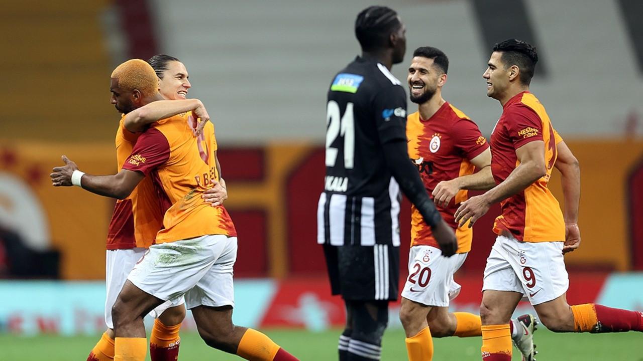 Galatasaray liderle farkı 3 puana indirdi