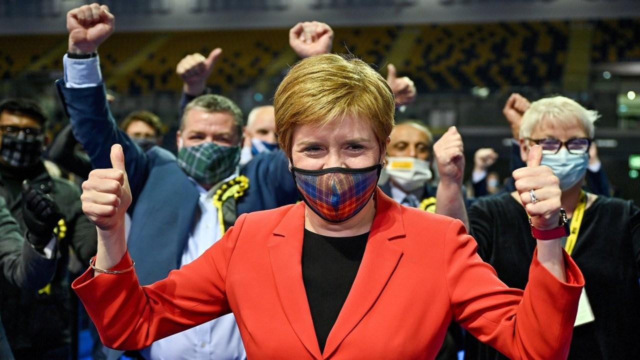 İskoçya'da seçimleri bağımsızlık yanlısı İskoç Ulusal Partisi kazandı