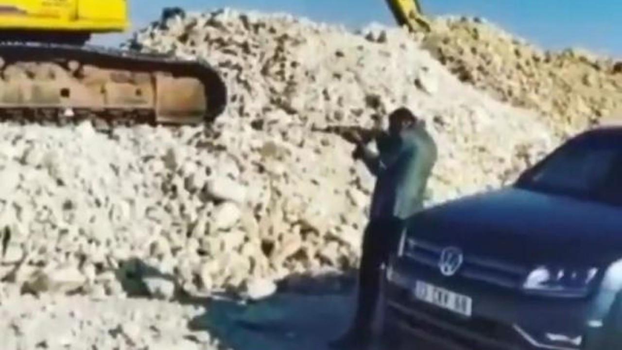 Akçakale Belediyesi'ne 'kalaşnikoflu yeğen' soruşturması