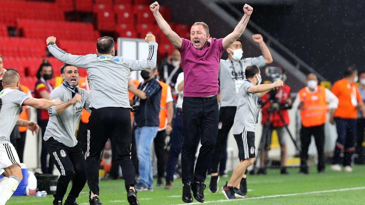 Siyasilerden şampiyon Beşiktaş'a tebrik