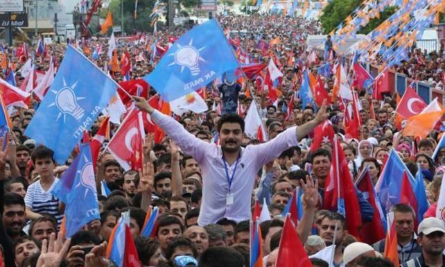 AK Parti seçmeni geri dönülemez eşiği aştı mı? - Sayfa 3