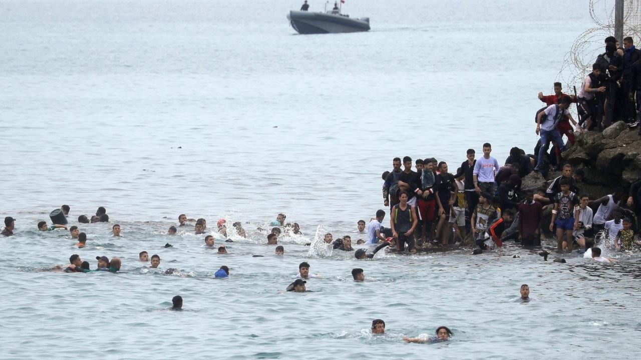 Ceuta'ya 1500'ü çocuk en az 6 bin mülteci giriş yaptı