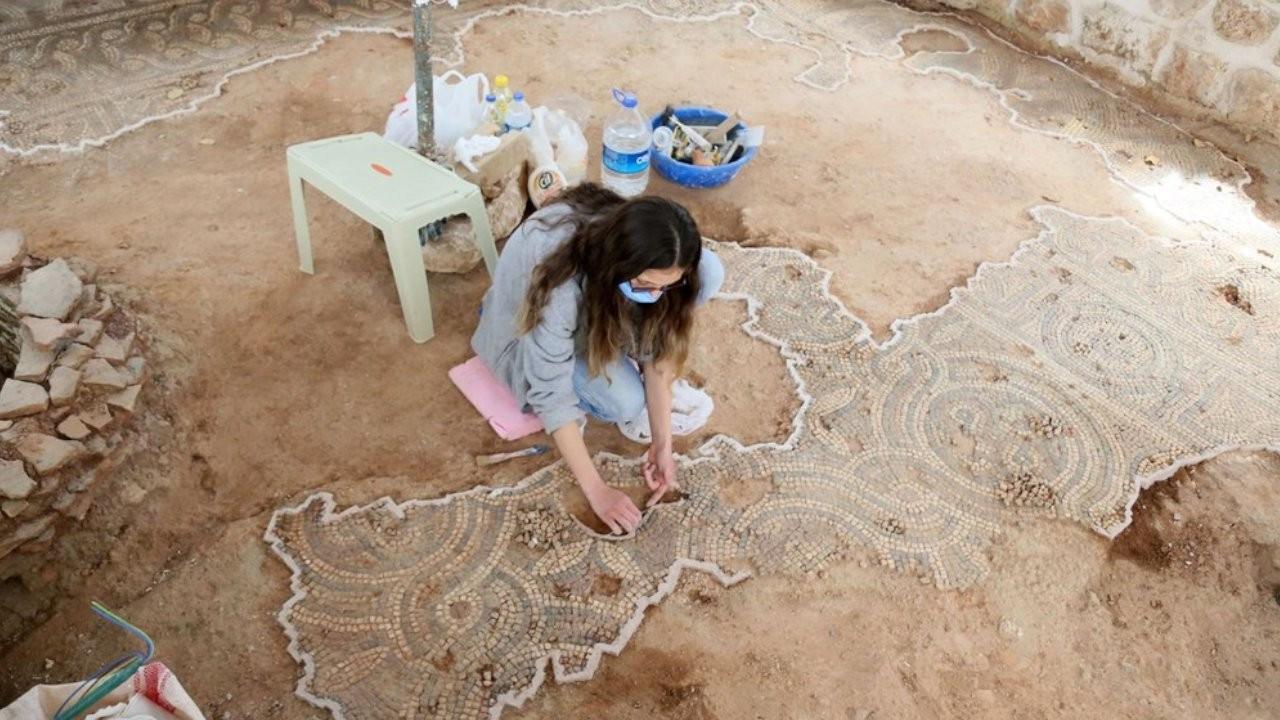 Tekeli Mehmet Paşa Camii'nde Roma dönemine ait mozaik bulundu