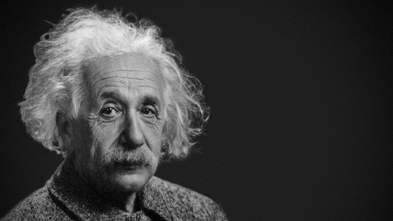 Einstein'ın el yazısı mektubu 1.2 milyon dolara satıldı