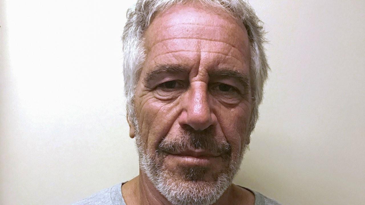 Epstein'in gardiyanları kayıtları değiştirdiklerini itiraf etti