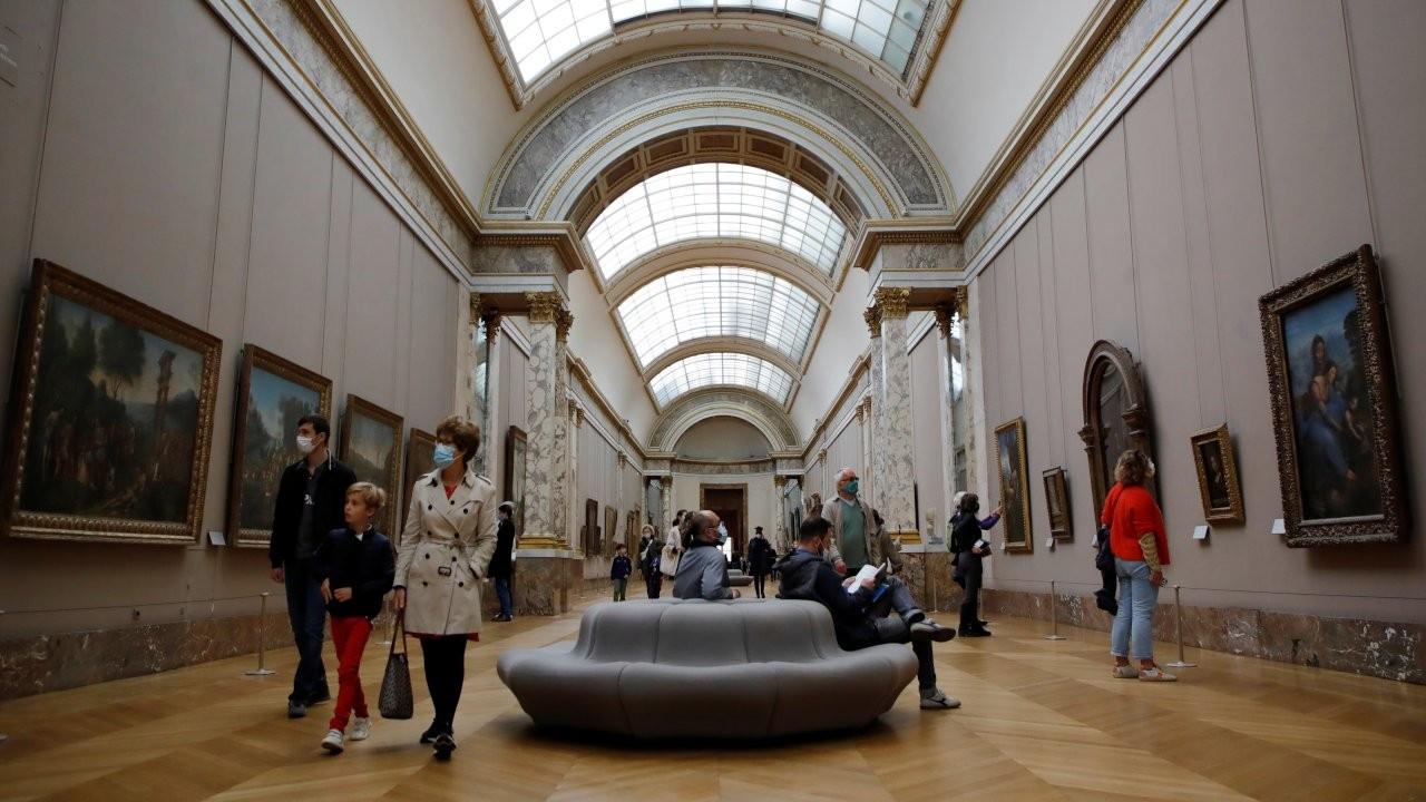 Fransa'da gençlere kültür-sanat aktiviteleri için 300 euro verilecek