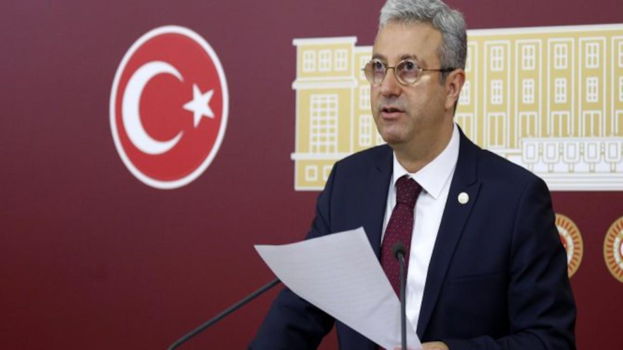 CHP'li Antmen gazetelere ilan verdi: Savcı aranıyor