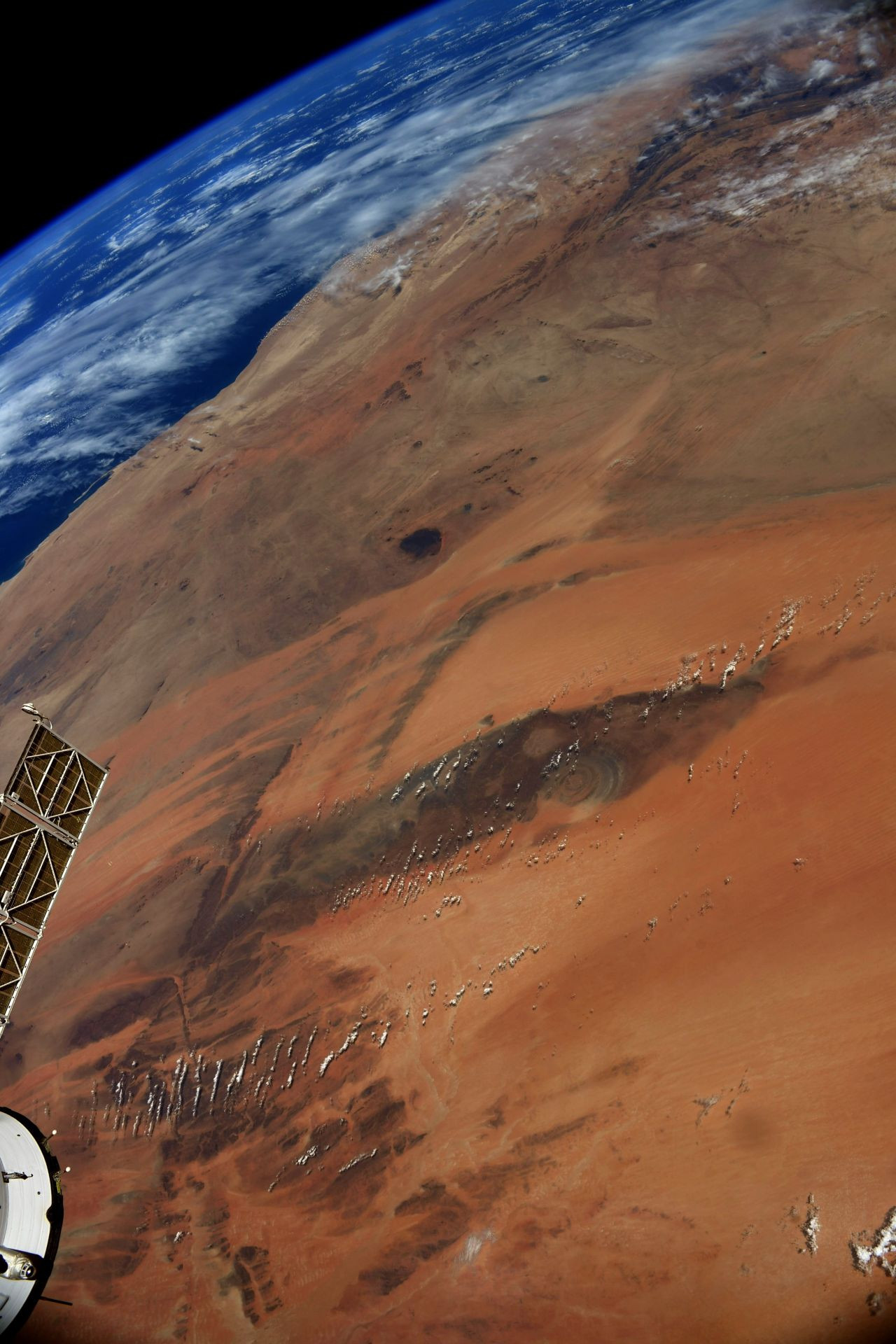 Uzaydan 'Sahra'nın Gözü' fotoğrafı - Sayfa 2