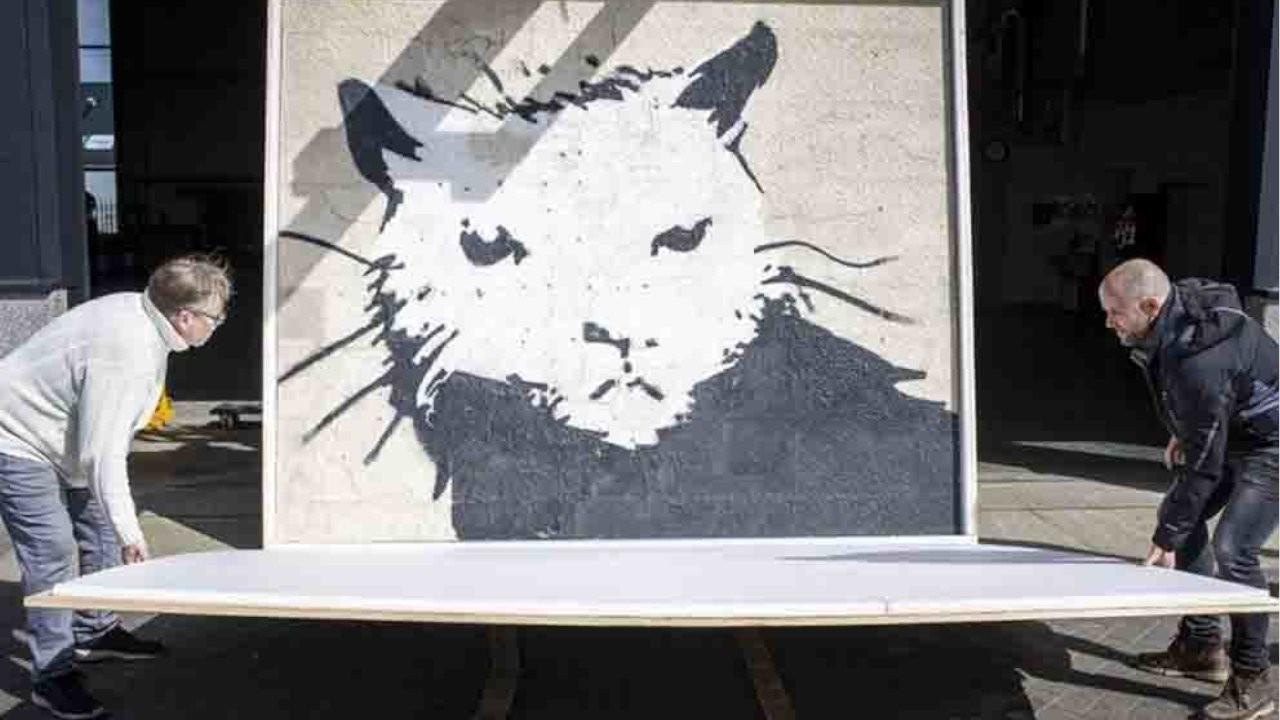 Banksy'nin 'Beyaz Saray Sıçanı' eseri 380 bin euroya satıldı