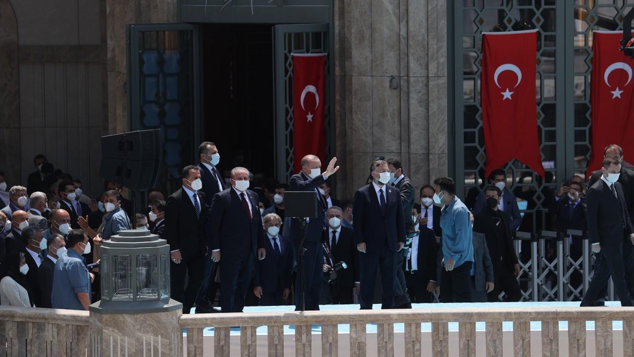 Erdoğan Taksim Camisi'ni açtı: Fetih hediyesi