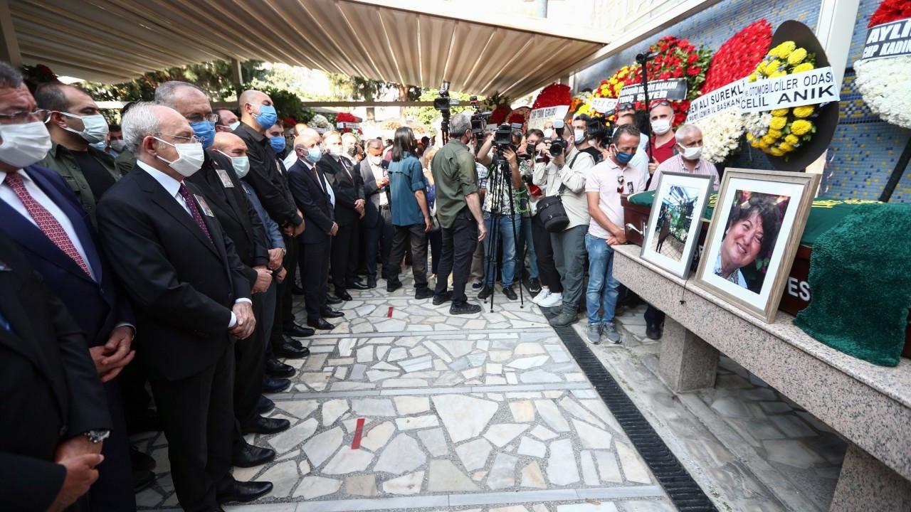 Gazeteci Ziynet Sertel toprağa verildi