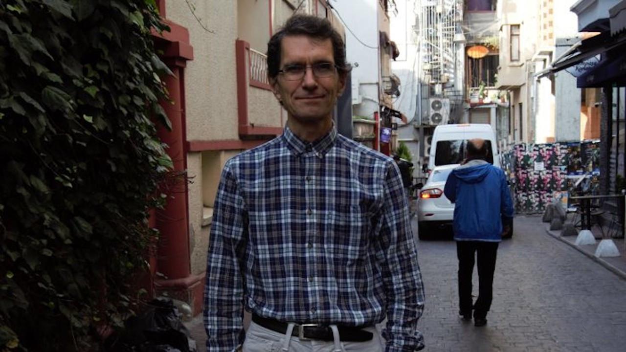 Akademisyen Tuna Altınel 2 yıl sonra pasaportuna kavuştu