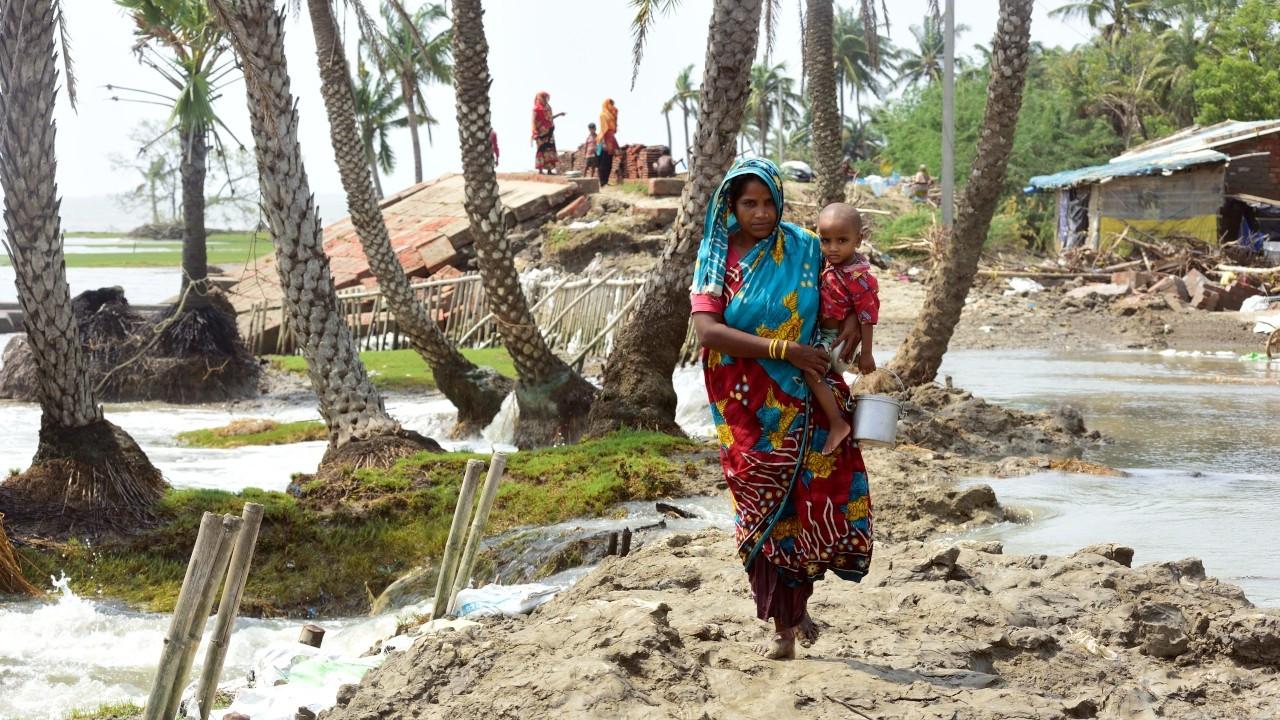 Hindistan'da Yaas Kasırgası: En az 1 milyon kişi tahliye edildi