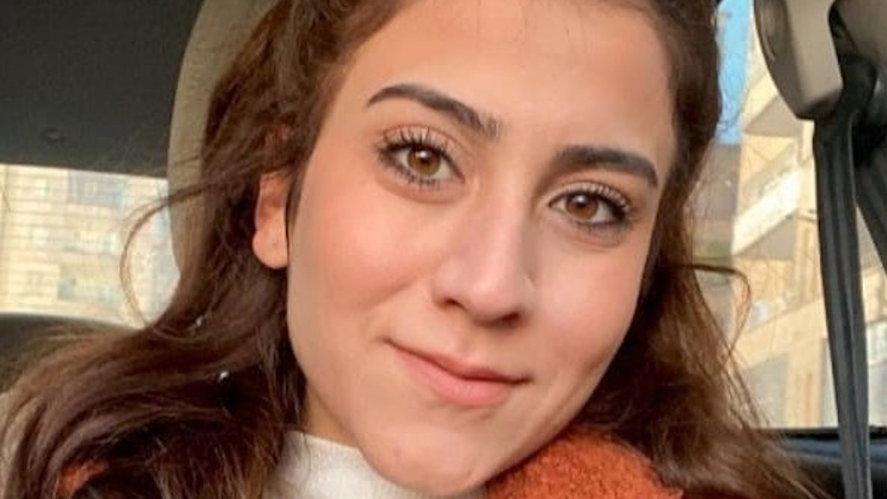 Cam silerken 4. kattan düşen stajyer avukat vefat etti