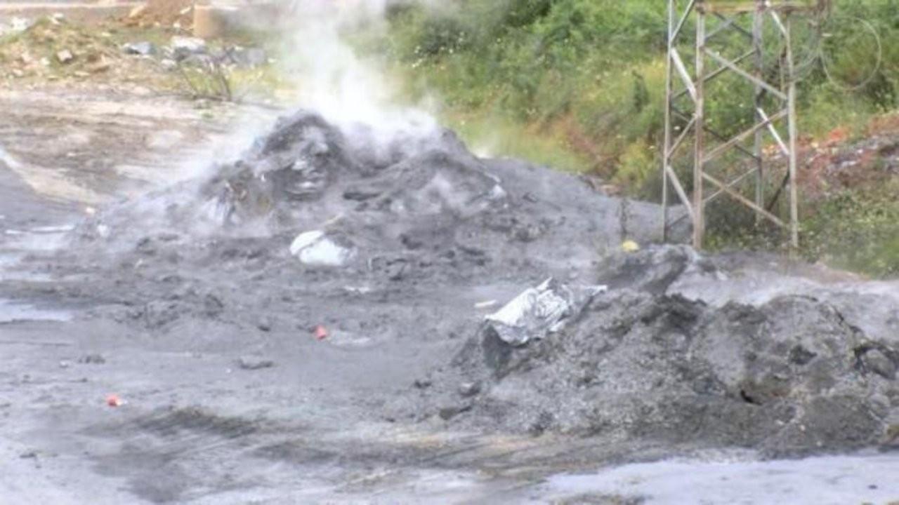 Başakşehir'de kimyasal atık paniği: Duman çıkarmaya başladı