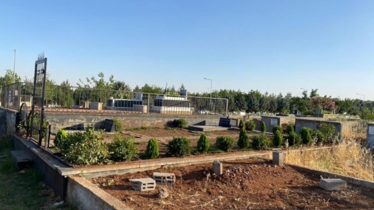 Tahir Elçi'nin mezarında hırsızlık: Parmaklıklar söküldü