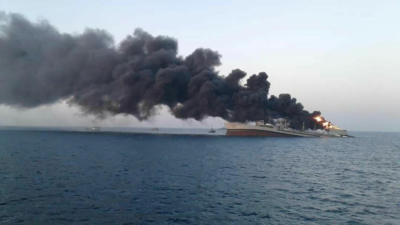 İran donanmasının en büyük gemisi yanarak battı