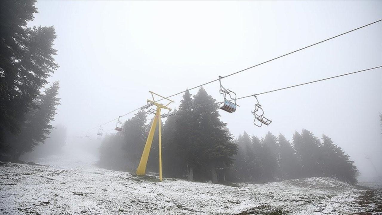Uludağ'a haziran karı yağdı