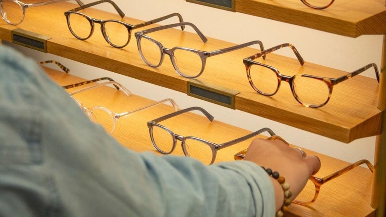 Gözlükçülük için 'Türk olmak' şartı kaldırıldı