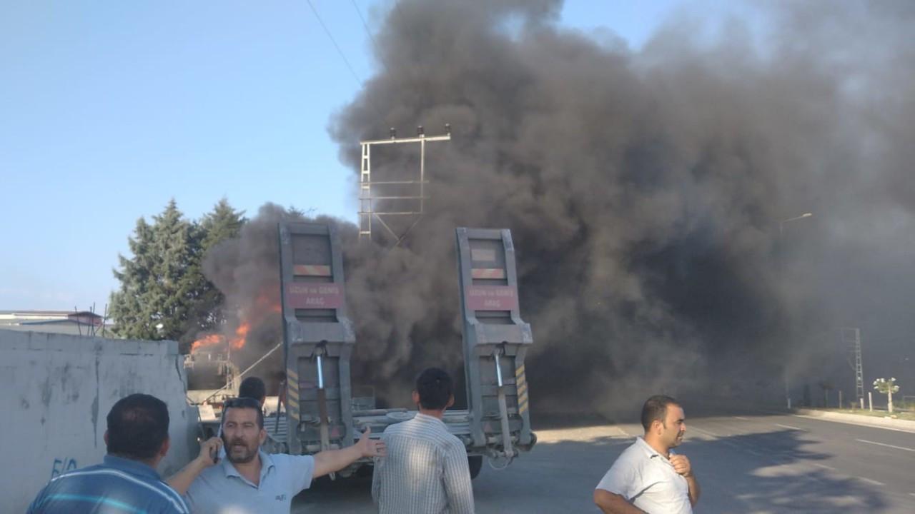 Lastiği patlayan askeri araç kaza yaptı, 2 asker vefat etti