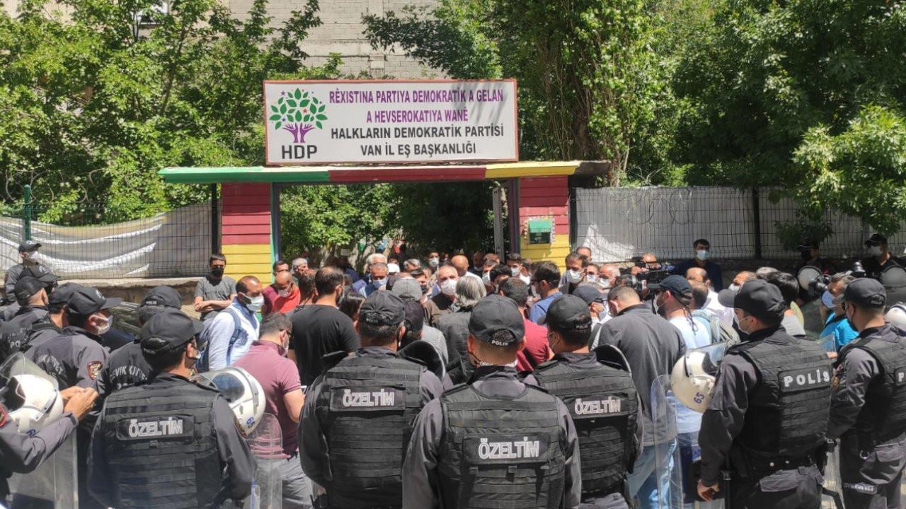 Van'da Kürtçe Dil Mitingi'ne polis engeli
