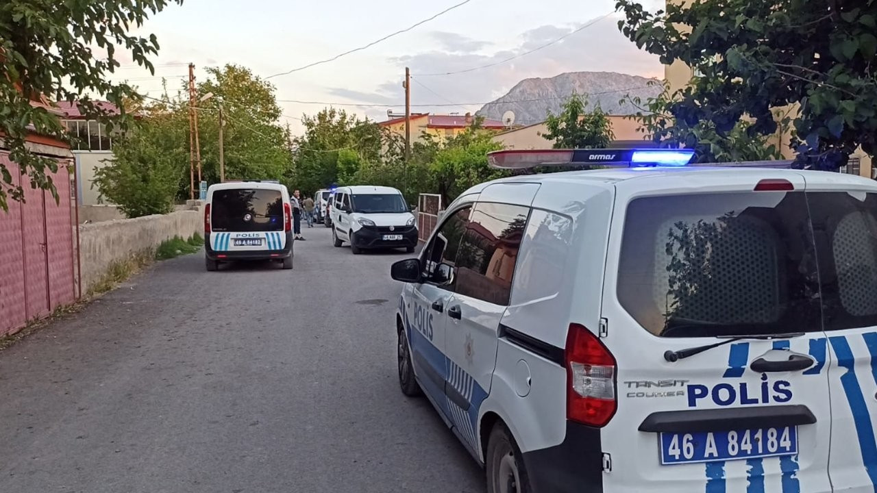 Kahramanmaraş'ta silahlı saldırı: 2'si çocuk 5 yaralı