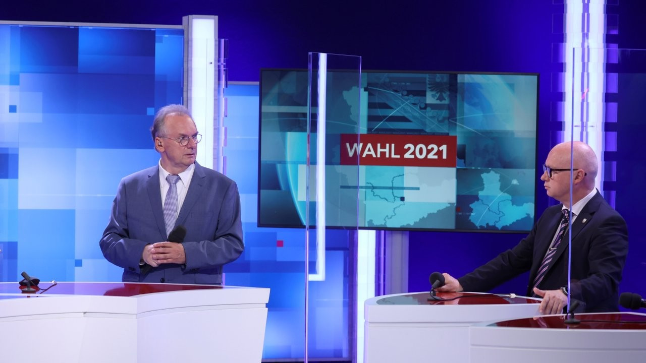 Saksonya-Anhalt'ta Merkel'in partisi CDU açık farkla kazandı