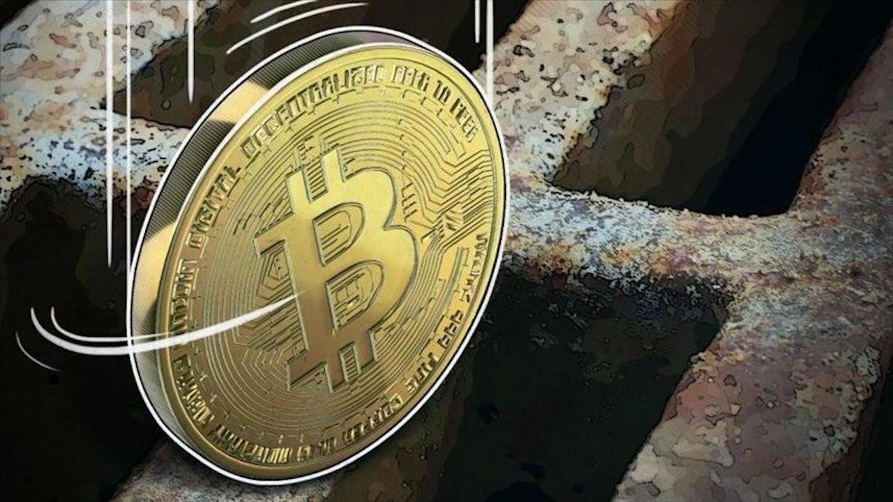 Kripto paralar kayıpta, Bitcoin tepetaklak