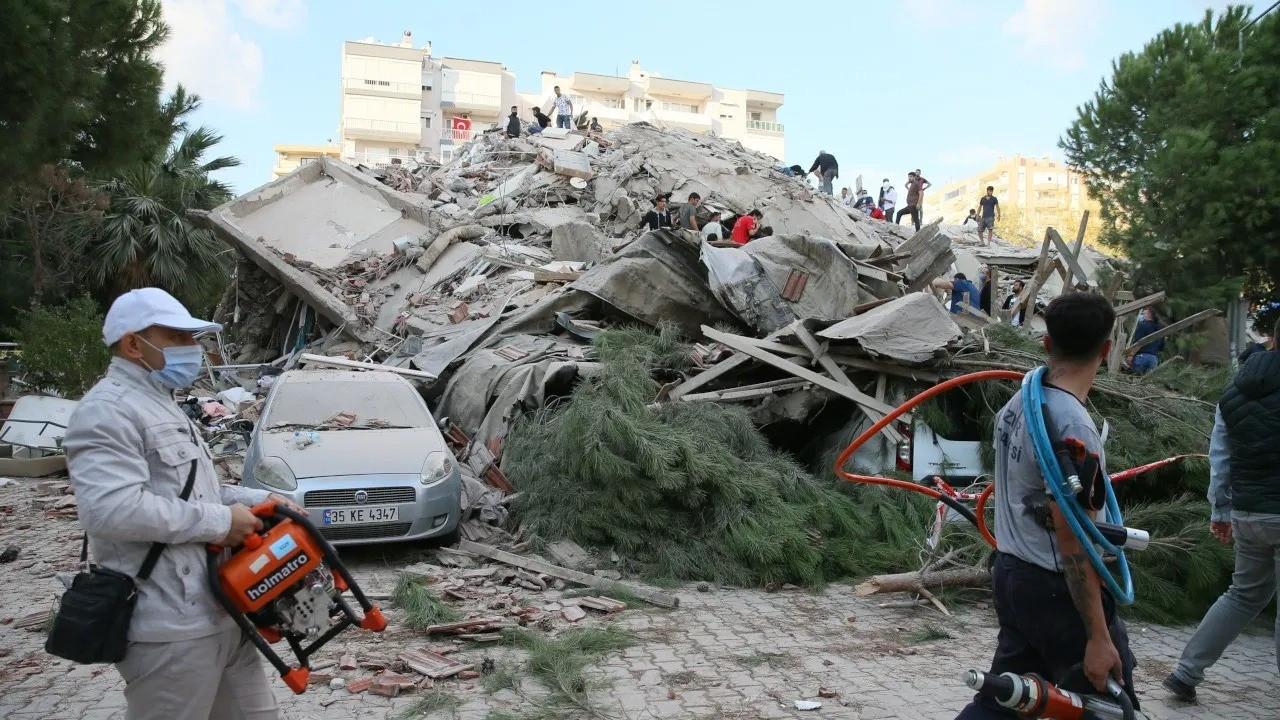 İzmir depremiyle ilgili29 kişi hakkında kamu davası açıldı
