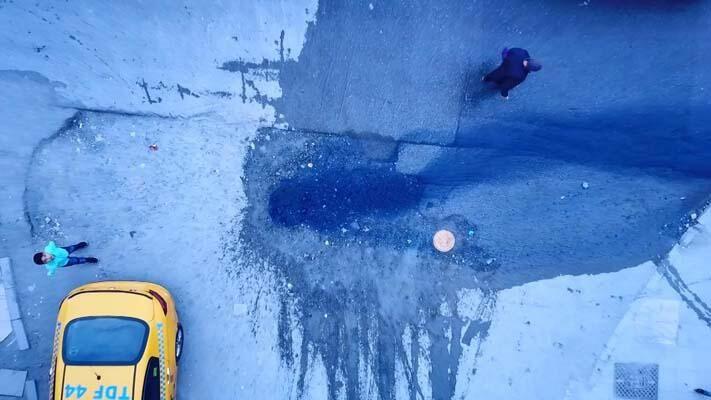 Esenyurt'ta rögarlardan mavi su fışkırdı - Sayfa 1