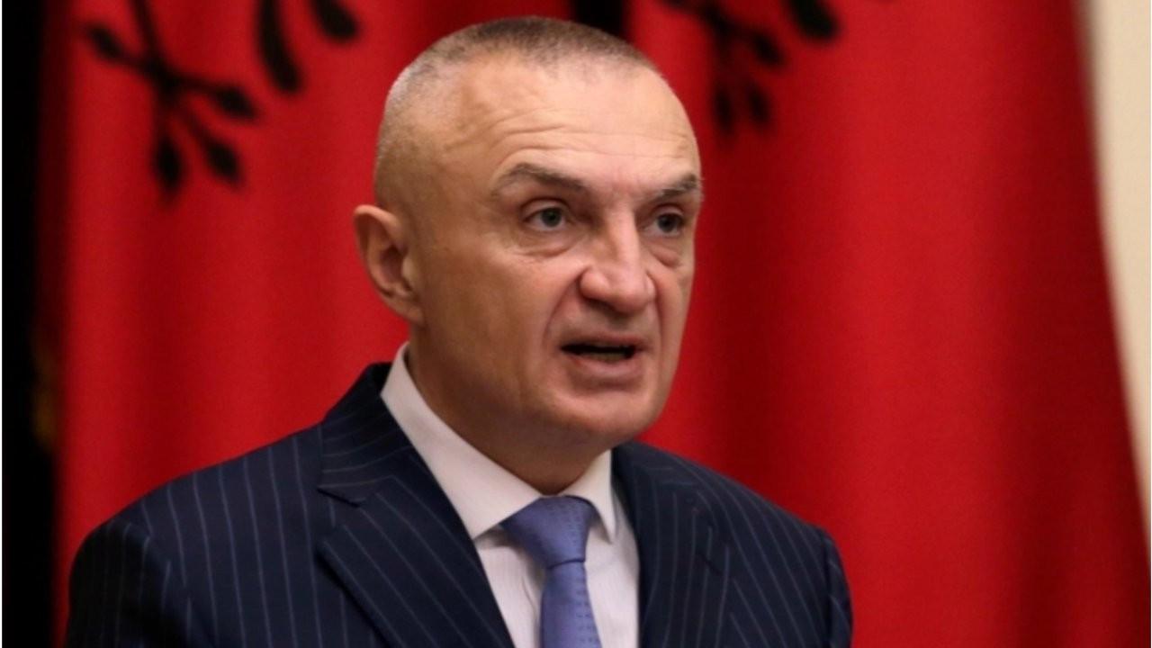 Arnavutluk'ta anayasayı ihlal eden cumhurbaşkanının görevden alınmasına meclis onayı