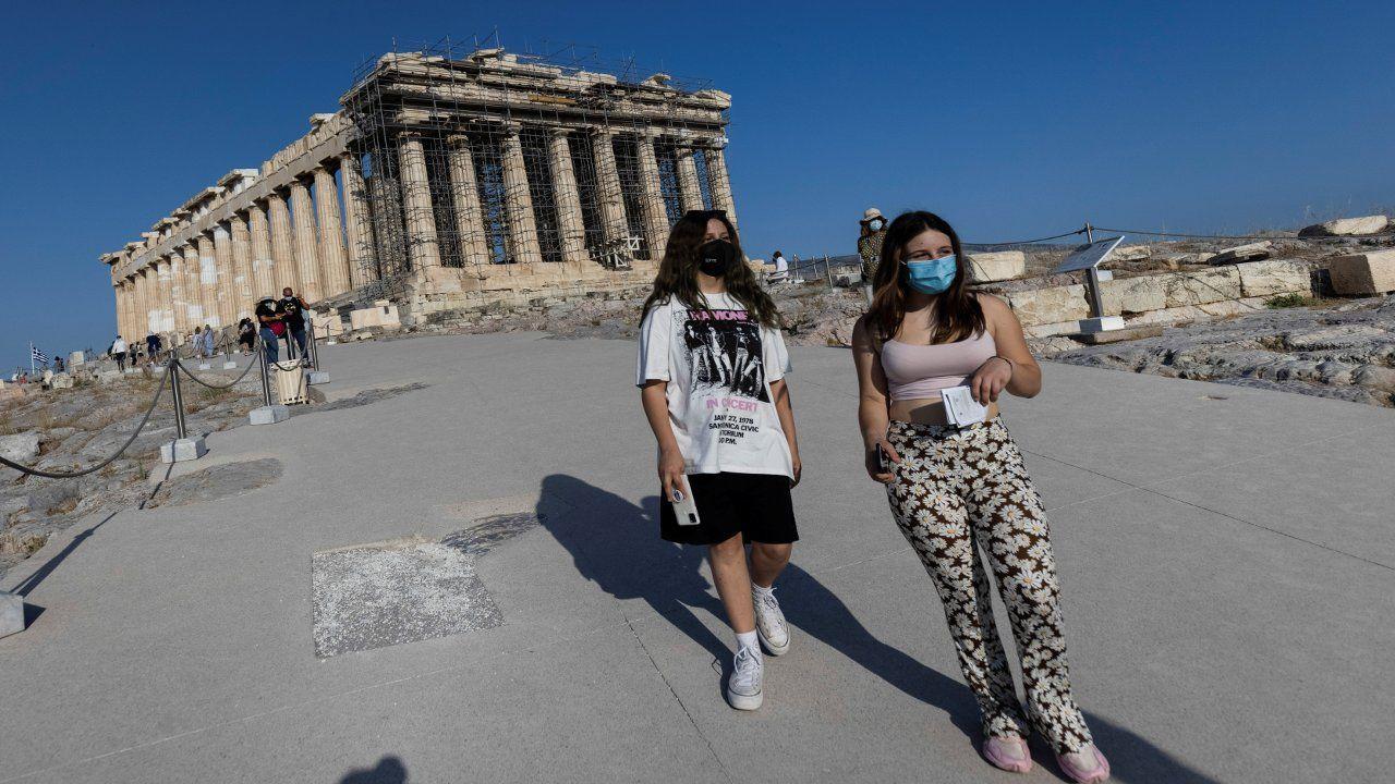Atina Akropolisi'ne beton yol döşenmesi Yunanistan'ı karıştırdı - Sayfa 3
