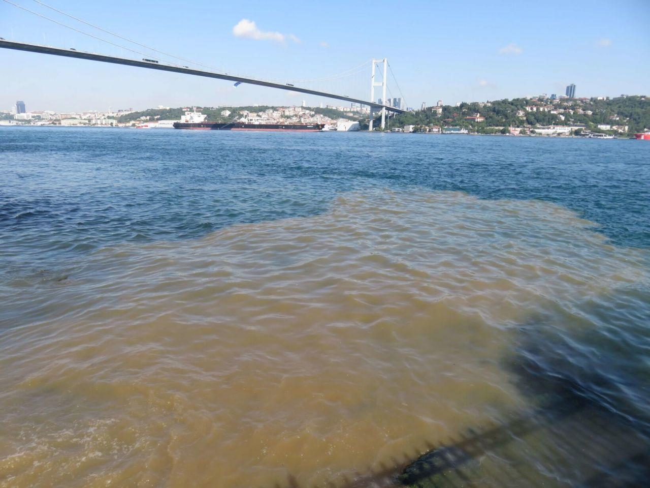 Üsküdar'dan Boğaz'a çamurlu su aktı - Sayfa 3