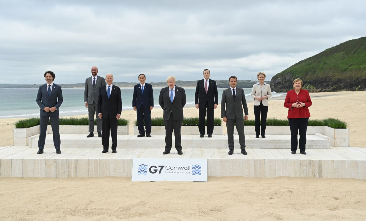 G-7 aşı protestosuyla başladı - Sayfa 1