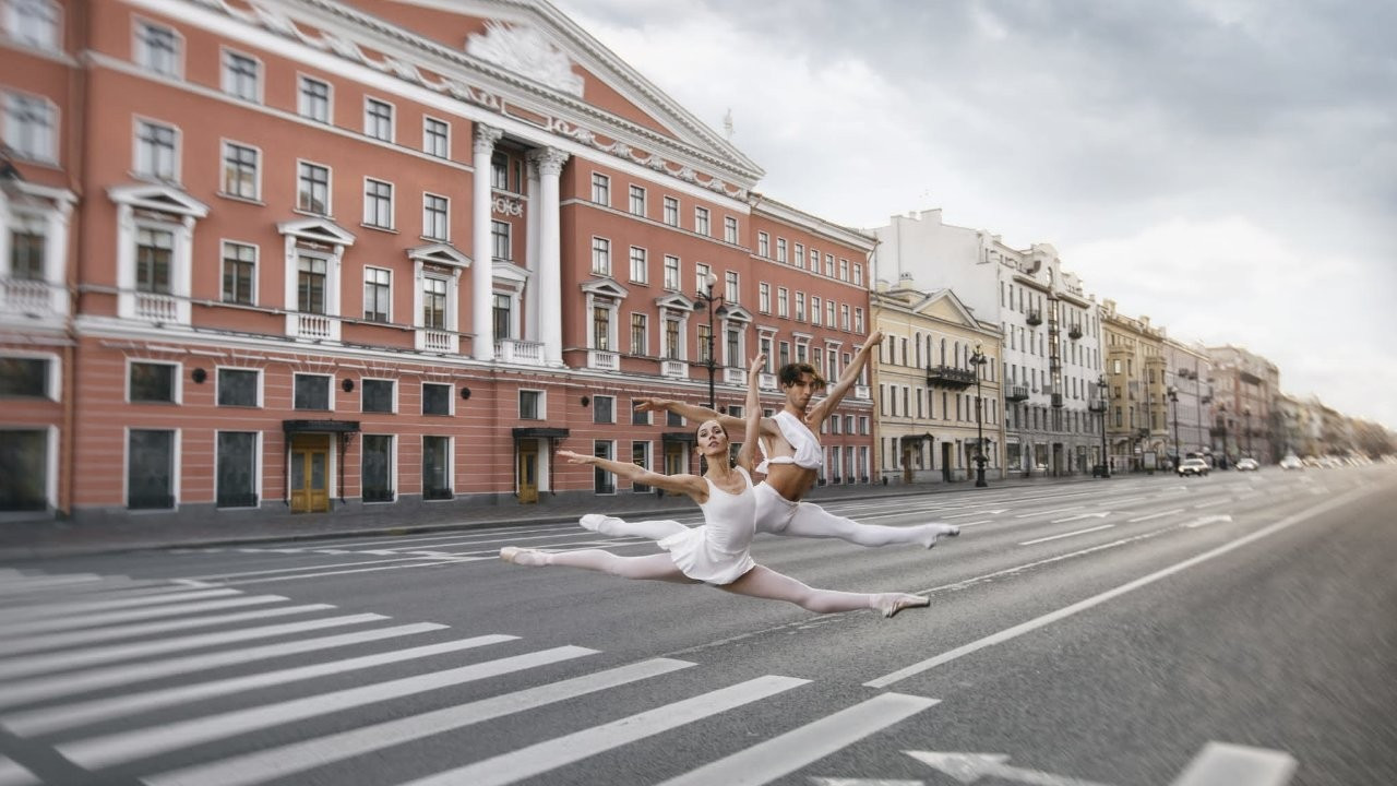 St. Petersburg mimarisi ve bale sanatı fotoğraflarda buluştu