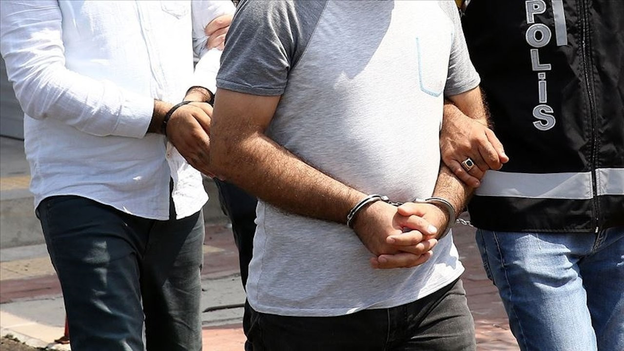 61 polis hakkında gözaltı kararı