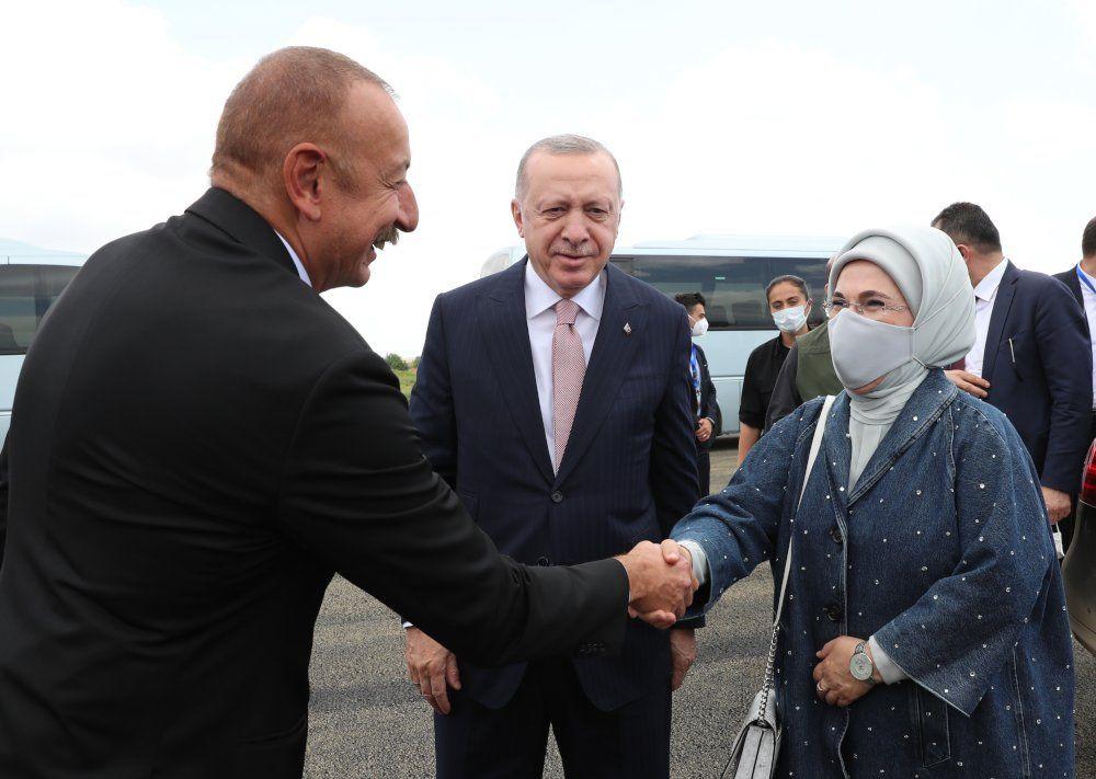 Erdoğan ile Aliyev kucaklaşıp Şuşa'ya gitti - Sayfa 3