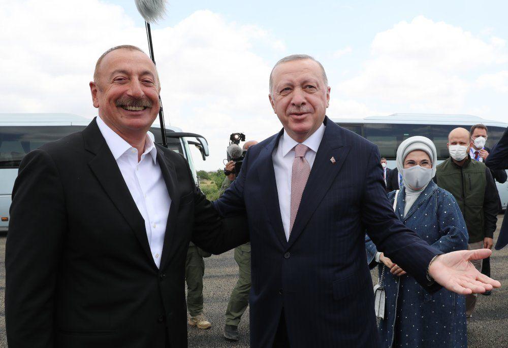 Erdoğan ile Aliyev kucaklaşıp Şuşa'ya gitti - Sayfa 4