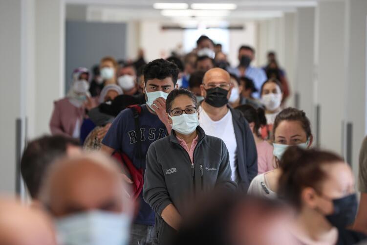 SGK'lilere aşı başladı: Hastanelerde uzun sıralar oluştu - Sayfa 3