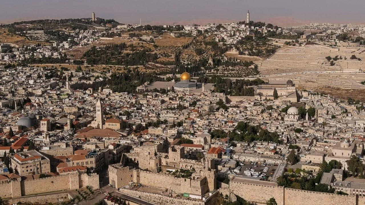 İsrailli milliyetçilerin yürüyüşü Kudüs'te gerilimi yeniden artırdı