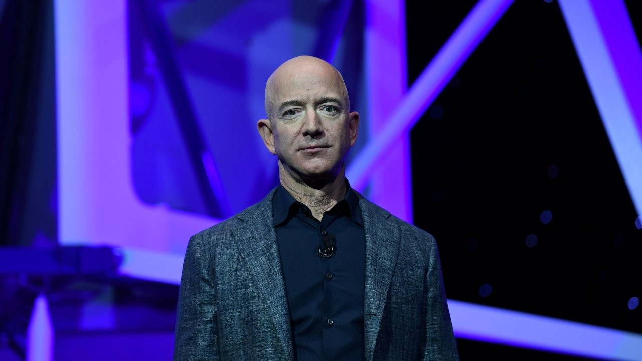 Bezos 'insanlar tembeldir' deyip Amazon çalışanlarını takip ettirmiş