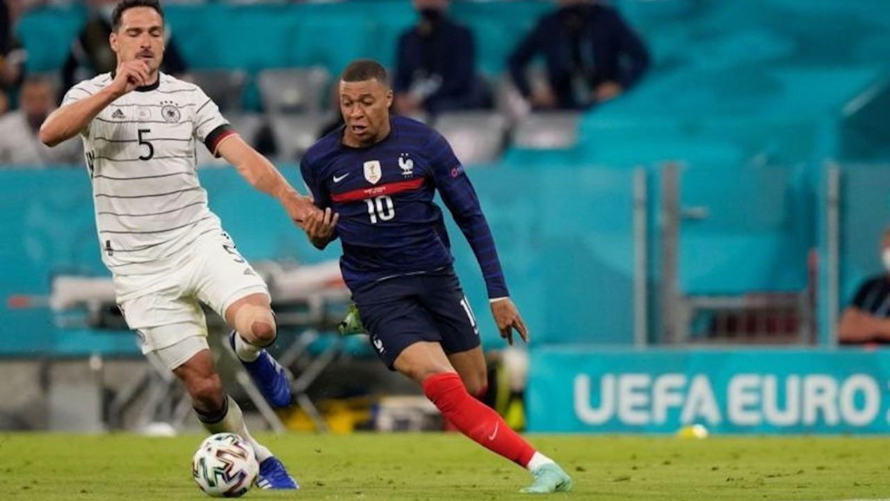 Fransa, Almanya karşısında 3 puanı tek golle aldı