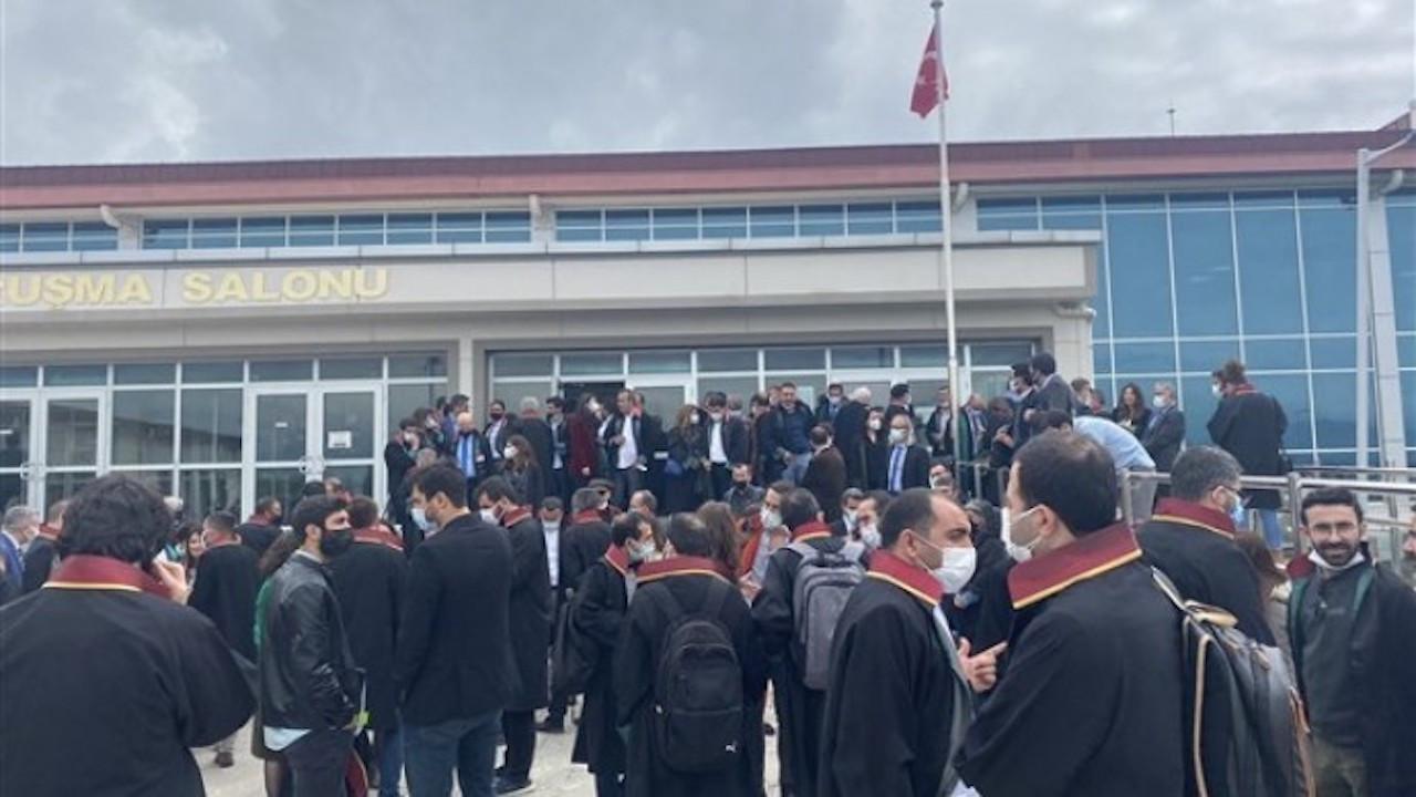 Kobanê davasında provokasyon: HDP'li vekile saldırı girişimi