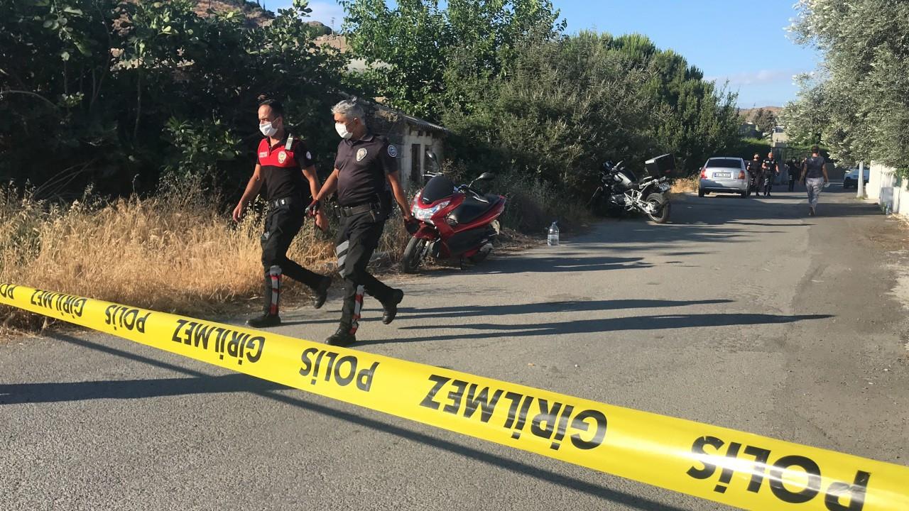 Silah kaçakçılığı şüphelileri ateş açtı, bir polis vefat etti