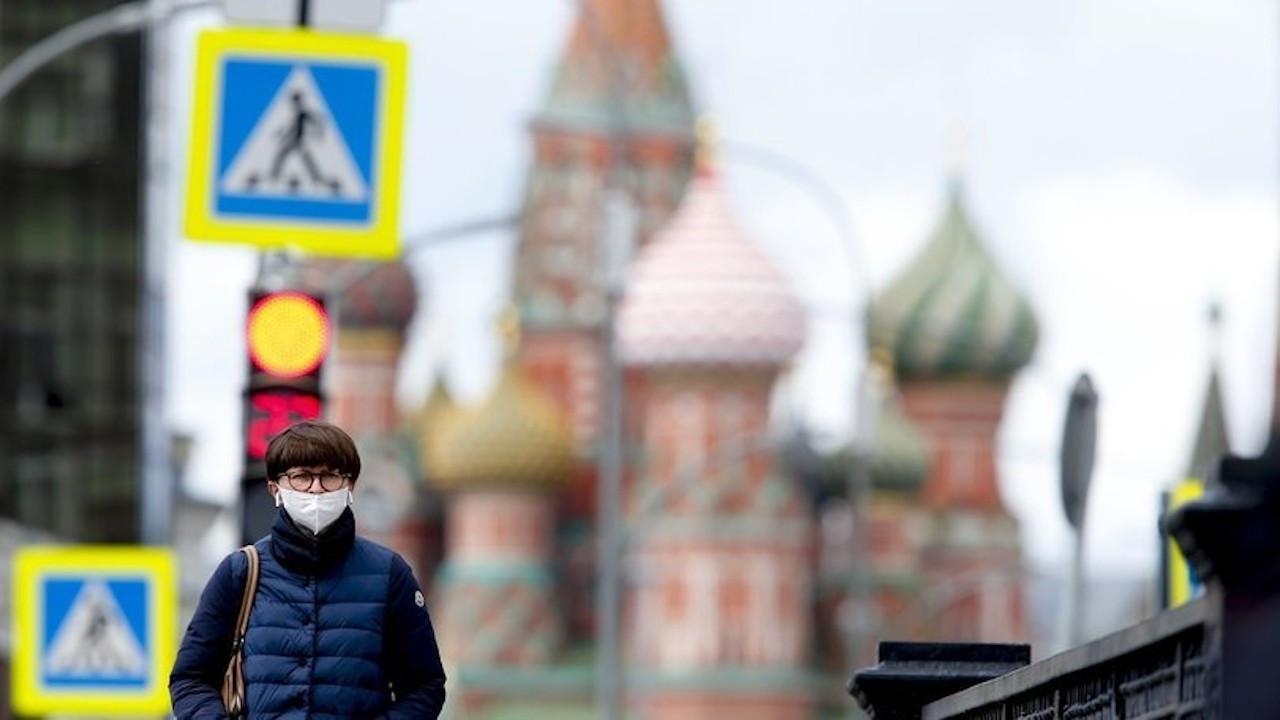 Moskova'da 'daha agresif yayılan mutasyon' alarmı