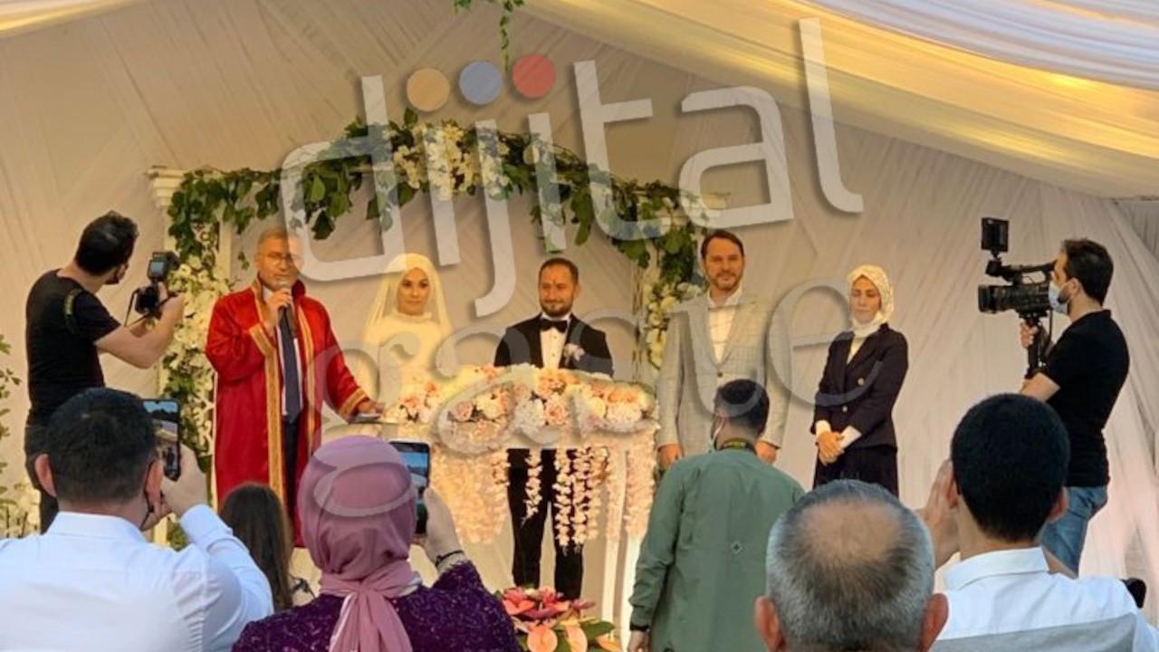 Berat Albayrak düğünde ortaya çıktı