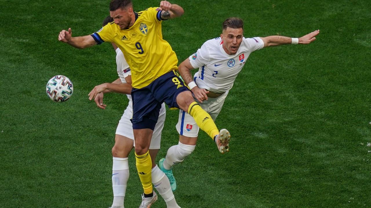 EURO 2020'de günün ilk maçı bitti: İsveç 1 - Slovakya 0