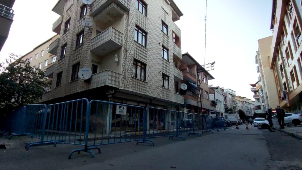Pendik'te 4.2'lik depremde hasar alan bina boşaltıldı
